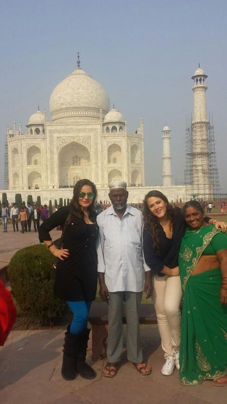 Una Foto con Local en Taj Mahal